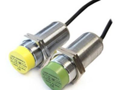 Индуктивные датчики IMPULS в цилиндричесокм корпусе с повышенным расстоянием срабатывания типа LM30L